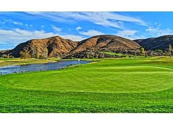 Corona golf course Dos Lagos Golf Course