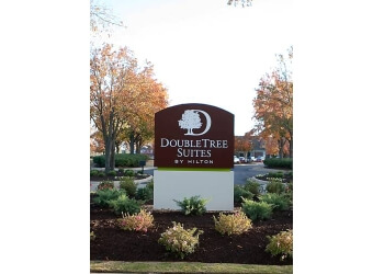 Huntsville hotel DoubleTree Suites by Hilton