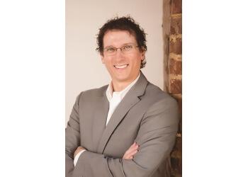 Chattanooga cosmetic dentist Dr. Adam W. Crow, DDS, FAGD