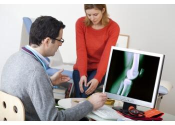 Oxnard orthopedic Dr. Alan Gross, MD