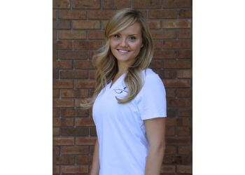 Arvada chiropractor Dr. Alyx Brown, DC