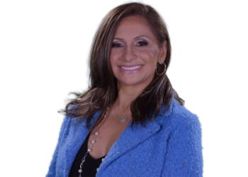 Houston cosmetic dentist Dr. Amanda Canto, DDS