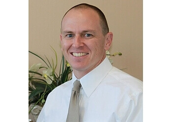 Glendale chiropractor Dr. Andrew Haig, DC