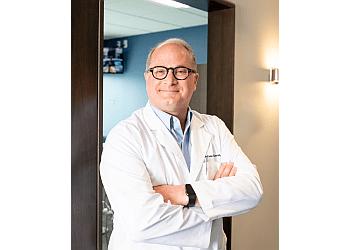 Cincinnati cosmetic dentist Dr. Andrew J. Harris, DDS