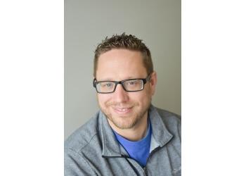 Evansville chiropractor Dr. Andrew Lobacz, DC