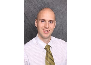 Akron chiropractor Dr. Andrew Ragon, DC