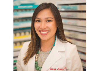 Oxnard pediatric optometrist Dr. Anna Lam, OD