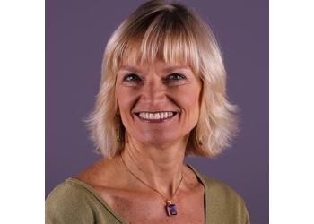 Oakland cosmetic dentist Dr. Anne Becker, DDS