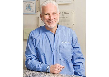 Chicago cosmetic dentist Dr. Benjamin Fiss, DDS