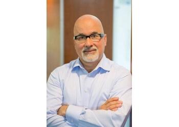 Des Moines cosmetic dentist Dr. Bob Margeas, DDS