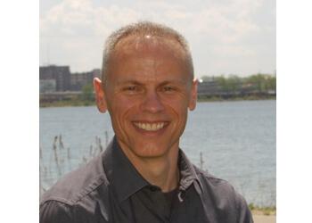 Cedar Rapids orthodontist Dr. Brady Novak, DDS