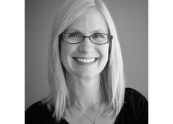 Portland podiatrist Dr. Brandi Myers, DPM - SELLWOOD PODIATRY