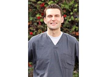 Santa Ana chiropractor Dr. Brandon Barnette, DC