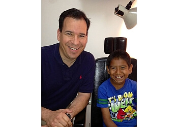 Downey pediatric optometrist Dr. Brandon Sanchez, OD