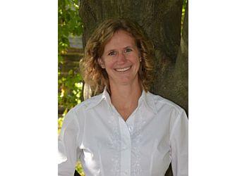 Toledo orthodontist Dr. Brittany L. Weaver Potts, DDS, MS