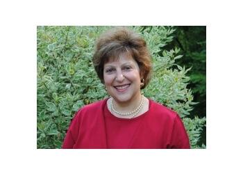 Elgin pediatrician Dr. CAROL TEPLIS, MD