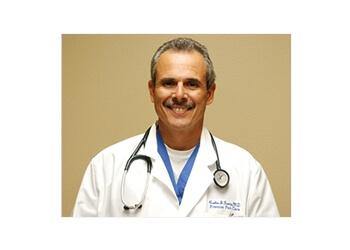 Denton pain management doctor Carlos J. Garcia, MD