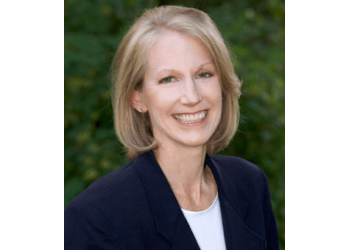 Lakewood cosmetic dentist Dr. Catherine Fermelia, DDS