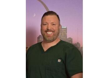 St Louis cosmetic dentist Dr. Chad R. Stewart, DMD