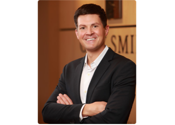 St Louis cosmetic dentist Dr. Chris Hill, DDS