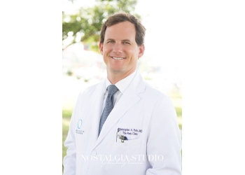 Mobile plastic surgeon Dr. Christopher A. Park, MD