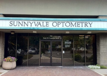 Sunnyvale pediatric optometrist Dr. Cindy H. Tran, OD