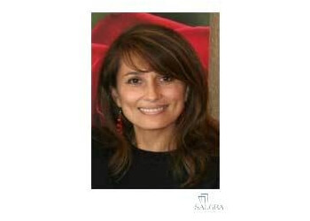 Pembroke Pines cosmetic dentist Dr. Claudia Salas, DDS