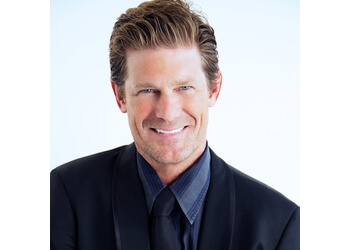 Thousand Oaks cosmetic dentist Curtis R. Couch, DDS