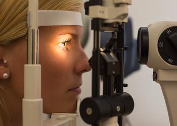 Newark eye doctor Dr. Daniel Berg, OD