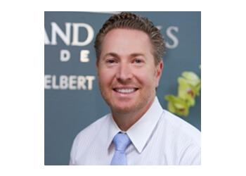 Thousand Oaks dentist Dr. Daniel Elbert, DDS