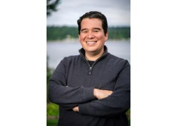 Newport News cosmetic dentist Dr. Daniel Stockburger, DDS