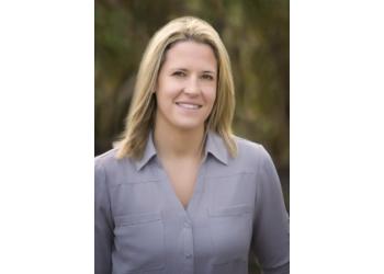Tampa chiropractor Dr. Danielle Hoeffner