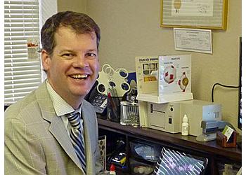 Salem pediatric optometrist Dr. Darek Huggett, OD