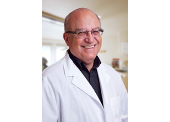 Peoria dentist Dr. Darrel L. Bischoff, DDS