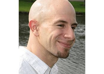 Orlando chiropractor Dr. Darren S. Hollander, DC