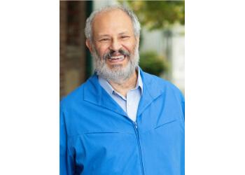 Hayward chiropractor Dr. Daryl Berman, DC