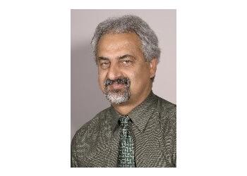 Pomona endocrinologist Dr. Daryoosh Valamanesh, MD