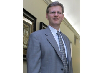Lexington plastic surgeon David S. Kirn, MD, FACS