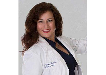 Fort Lauderdale eye doctor Dr. Dawn Bearden, OD