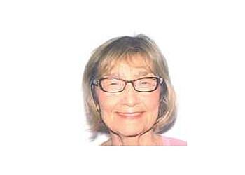 Bellevue endocrinologist Deborah Sue Golob, MD