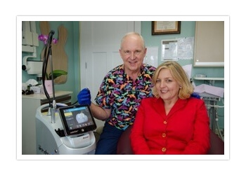 Des Moines cosmetic dentist Dr. Dennis M. Winter, DDS