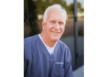 Mesa cosmetic dentist Dr. Donald Clifford, DDS