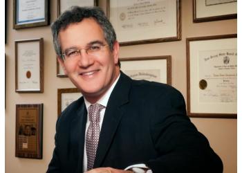 Philadelphia cosmetic dentist Dr. Drew A. Shulman, DMD, MAGD