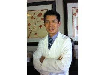 Orlando eye doctor Dr. Duy Vy, OD