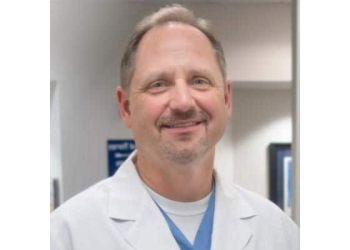 Little Rock chiropractor Dr. Dwight k. Stewart, DC - PAIN CARE ASSOCIATES