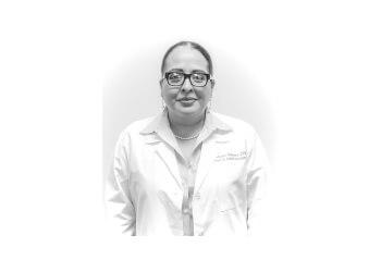 Pasadena podiatrist Dr. EDNA REYES-GUERRERO, DPM, FACFAS
