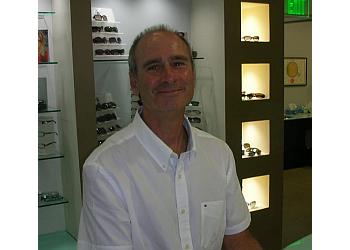 Santa Clarita pediatric optometrist Dr. Edward C. Landon, OD