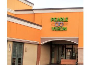 Rochester eye doctor Dr. Edward Sachs, OD - Pearle Vision