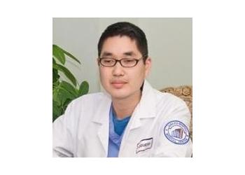 Jersey City podiatrist Dr. Edward Tjoe, DPM - TJOE PODIATRY