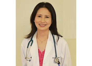 Dr. Elizabeth Reyes, mD